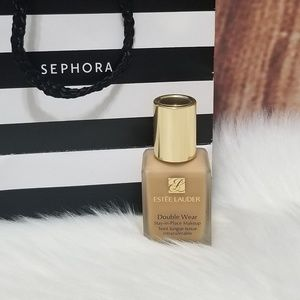 ❌SOLD❌Estee Lauder Double Wear Foundation 3W1